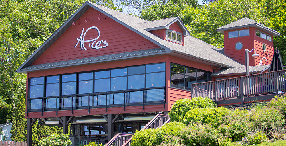 exterior building of Alice's restaurant